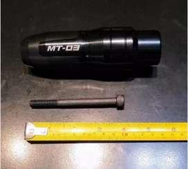"""Slider Yamaha MT 03 cubre caño de Escape """"ÚNICO"""" traído de Europa!"""