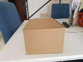 Vendo cajas de cartón casi nuevas