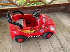 Carro Rayo McQueen de juguete