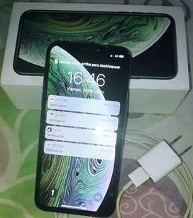 Remató iPhone xs con todo sus accesorios