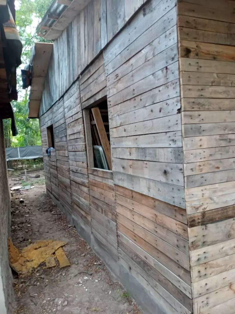 Vendo casilla con techo dos dormitorios comedor y cocina x mudansa 0