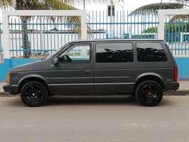 Me venden Dodge Caravan Minivan (precio negociable)