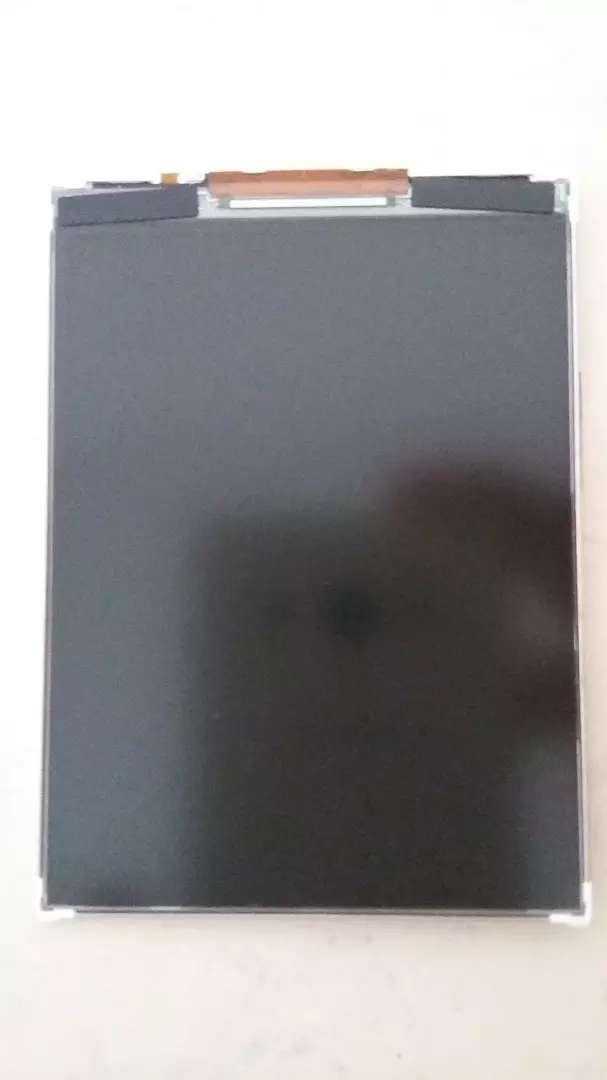 Pantalla display LG L30