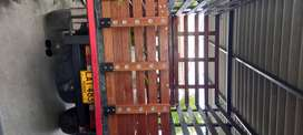 Camioneta de estacas Chevrolet rodeo