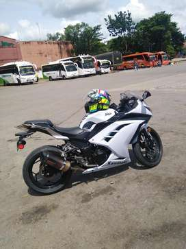 Kawasaki Ninja 300 Blanco Perlado