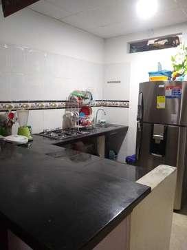 Se vende casa en barrio san antonio totalmente terminada, 3 habitaciones, 2 baños, cerca a via principal y polideportivo
