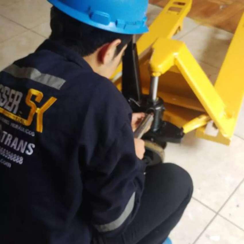 Estocas reparación y mantenimiento Apiladores hidráulicos 0