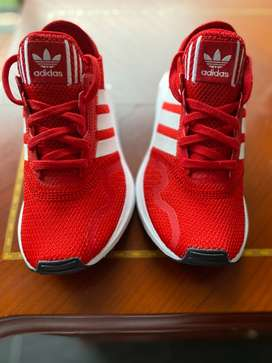 Tenis Adidas nuevos