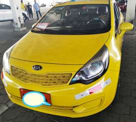 Kia Rio R Taxi con puesto Full A/C