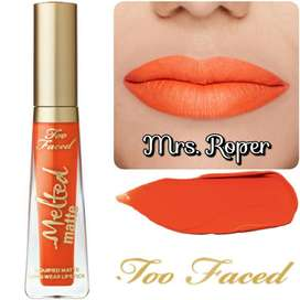 LABIAL LÍQUIDO MATE TOO FACED MELTED MRS.ROPER RECOLETA