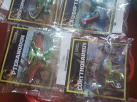 Vendo dinosaurios de National Geographic $500 cada uno
