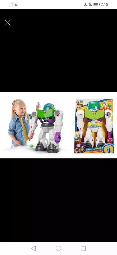 Robot buzz de toy story 0