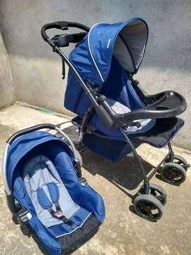 Coche paseador con porta bebe Infanti