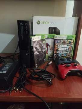Xbox super E Original con dos controles 3 juegos
