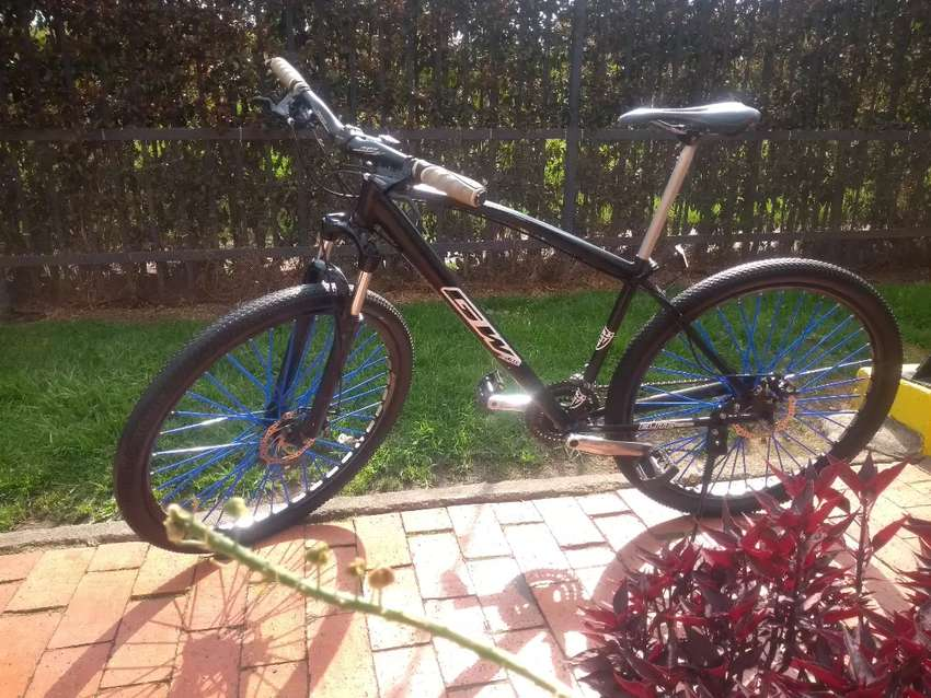 Vendo bicicleta GW 0