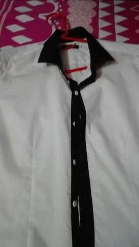 Camisa Clásica,