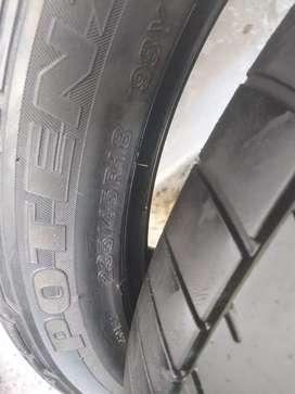 Neumaticos Bridgestone 235/45r18