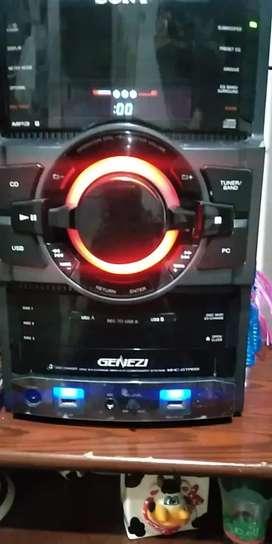 Vendo o cambio equipo de sonido  cambio por play o xbox