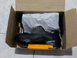 Zapato de seguridad nuevo talle 42