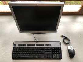 Monitor, teclado y mouse HP