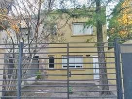 Venta Duplex 4 Ambientes en Villa Tesei