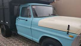 Camion Ford 350 modelo 73