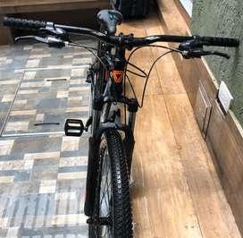 Bicicleta todoterreno GW casi nueva