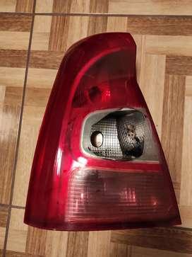 Faro Renault Logan 2011 x reparar