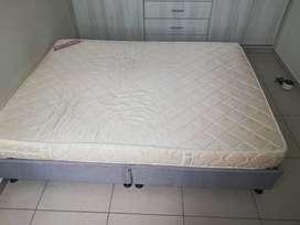 Venta de base cama y colchón de 1.40 mts