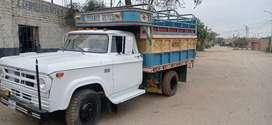 Camión DODGE motor Perkins 1981