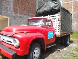 Se vende camión particular