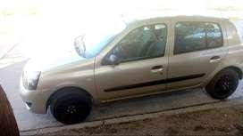 Vendo Renault Clio 1.2 16V Pack 1 5 Puertas 2010 Nafta y GNC