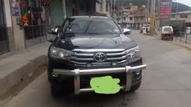 TOYOTA HILUX FULL EQUIPO 2017