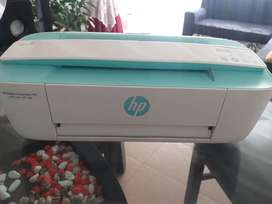 Impresora multifuncional HP Deskjet Ink Advantage 3700