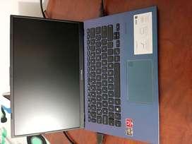 Vendo Asus Vivobook 14 pulgadas 12 GB Ram 512 Ssd