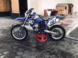 MOTO DE ENDURO YAMAHA WR400F MOTOR O HORAS RECONSTRUIDO