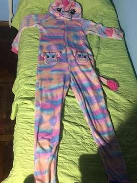 pijama de unicornio multicolor importado talle XS para niña de 12/13 años