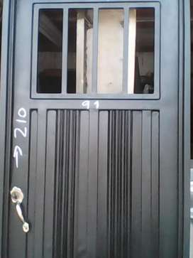 Puertas. Completa.