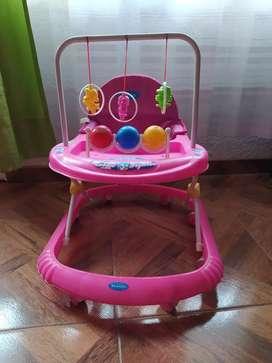 Caminador para bebe niña