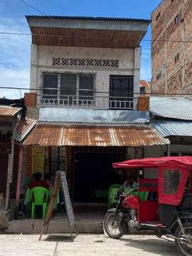 Casa en venta (4x30m2) zona comercial