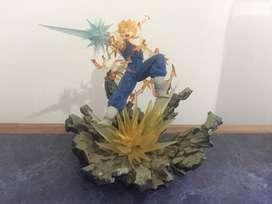 Figura Goku Súper Sayayin Dragon Ball Z Edicion especial