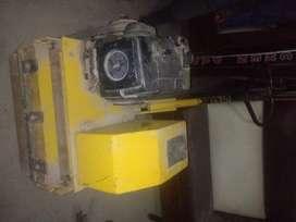 vendo rodillo vibratorio R300H 5500VPM 5.5 HP motor kooler