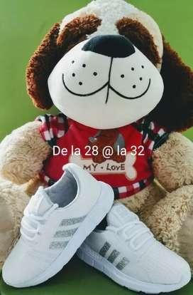 Se vende calzado para Nino y niña