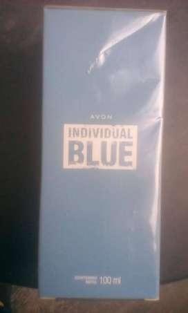 Perfume para hombre: Individual Blue AVON
