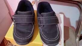 Zapatilla y zapatos excelente estado!