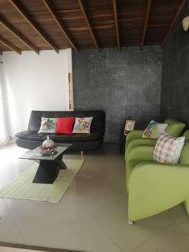 Lujoso y espacioso apto en Simón bolivar