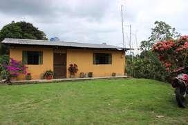 Venta de finca de 33 hectáreas de terreno con 1 casa en Santo Domingo de los Tsáchilas