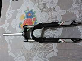 Horquilla conica rock shox tora 120mm rod 26