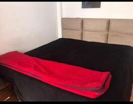 Cama king +tarima + colchon+cabeza y ropa de cama