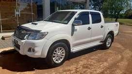 Toyota Hilux 2012 srv pana 4x2